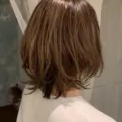 ゆるふわ 大人かわいい グラデーションカラー 切りっぱなしボブ ヘアスタイルや髪型の写真・画像