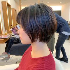 大人ショート ふんわり ナチュラル ショート ヘアスタイルや髪型の写真・画像