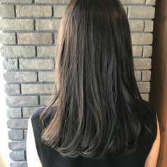 グレージュ 透明感 抜け感 上品 ヘアスタイルや髪型の写真・画像