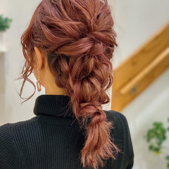 ピンクアッシュ ミディアム 波ウェーブ ヘアアレンジ ヘアスタイルや髪型の写真・画像