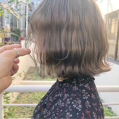 ミルクティー ボブ グレージュ アッシュ ヘアスタイルや髪型の写真・画像