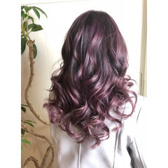 フェミニン グラデーションカラー ピンク パープル ヘアスタイルや髪型の写真・画像