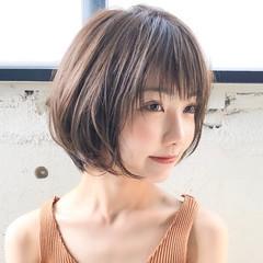 ヘアアレンジ ショートヘア 大人かわいい ナチュラル ヘアスタイルや髪型の写真・画像