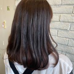 インナーカラー セミロング ミニボブ ナチュラル ヘアスタイルや髪型の写真・画像