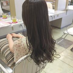 ウェーブ デート 暗髪 アンニュイ ヘアスタイルや髪型の写真・画像