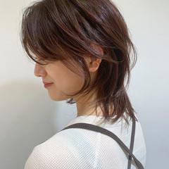 ウルフカット モード ミディアム 暗髪 ヘアスタイルや髪型の写真・画像