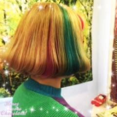 ハイトーン ダブルカラー ショート ストリート ヘアスタイルや髪型の写真・画像
