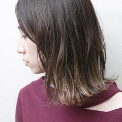 デート オフィス モード アウトドア ヘアスタイルや髪型の写真・画像