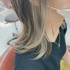 ミディアムレイヤー イヤリングカラー ミディアム レイヤーカット ヘアスタイルや髪型の写真・画像