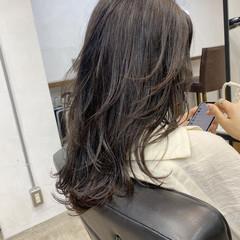 ストリート レイヤー レイヤースタイル セミロング ヘアスタイルや髪型の写真・画像
