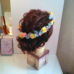 セミロング フェミニン 結婚式 ブライダル ヘアスタイルや髪型の写真・画像