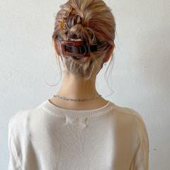 簡単ヘアアレンジ ストリート セルフヘアアレンジ ハイトーンカラー ヘアスタイルや髪型の写真・画像