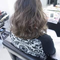 ストリート コンサバ ガーリー ウェーブ ヘアスタイルや髪型の写真・画像