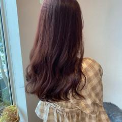レイヤーロングヘア ガーリー ピンクブラウン ロング ヘアスタイルや髪型の写真・画像