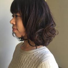 フェミニン ミディアム ヘアアレンジ 愛され ヘアスタイルや髪型の写真・画像