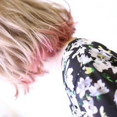 ハイライト ガーリー 切りっぱなし ダブルカラー ヘアスタイルや髪型の写真・画像