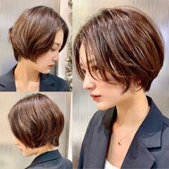 ショートヘア 横顔美人 ハンサムショート ショート ヘアスタイルや髪型の写真・画像