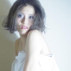 ゆるふわ モード アッシュ 外国人風 ヘアスタイルや髪型の写真・画像