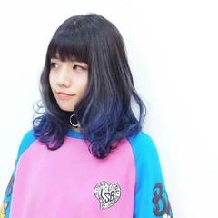 アッシュ グレージュ グラデーションカラー ブルージュ ヘアスタイルや髪型の写真・画像