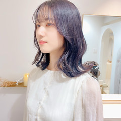 ナチュラル 韓国ヘア ミディアム ミルクティーグレージュ ヘアスタイルや髪型の写真・画像