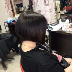 前下がり ショートヘア ショートボブ 前下がりボブ ヘアスタイルや髪型の写真・画像