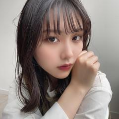 シースルーバング フェミニン 韓国風ヘアー 韓国 ヘアスタイルや髪型の写真・画像