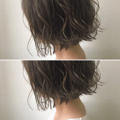 モテ髪 ナチュラル グレージュ ハイライト ヘアスタイルや髪型の写真・画像