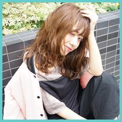 フェミニン ナチュラル ゆるふわ レイヤーカット ヘアスタイルや髪型の写真・画像