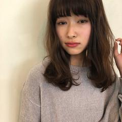 透明感 色気 前髪あり フェミニン ヘアスタイルや髪型の写真・画像