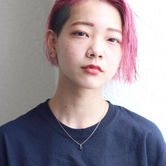 ショート ベリーピンク スポーツ ピンクヘア ヘアスタイルや髪型の写真・画像