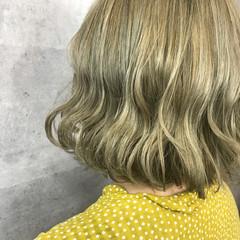 ハイトーン 金髪 外国人風 ボブ ヘアスタイルや髪型の写真・画像