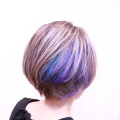 ガーリー かわいい インナーカラー ハイライト ヘアスタイルや髪型の写真・画像