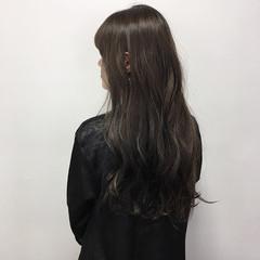 透明感 透明感カラー ダークグレー ヘアアレンジ ヘアスタイルや髪型の写真・画像
