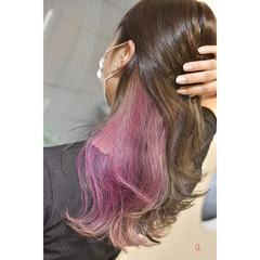 インナーカラーパープル ピンクパープル ロング インナーピンク ヘアスタイルや髪型の写真・画像