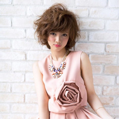 フェミニン 可愛い ふんわり  ヘアスタイルや髪型の写真・画像