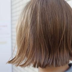 外国人風カラー ストリート ボブ 切りっぱなし ヘアスタイルや髪型の写真・画像