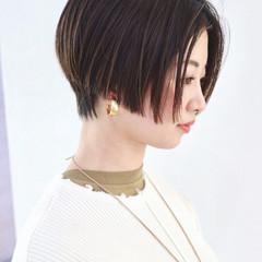 ストレート ウェットヘア ハンサムショート ナチュラル ヘアスタイルや髪型の写真・画像