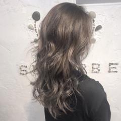 ハイトーン 金髪 ロング 透明感 ヘアスタイルや髪型の写真・画像
