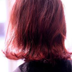 外国人風 ストリート 外ハネ レッド ヘアスタイルや髪型の写真・画像