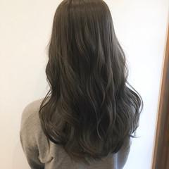 アッシュグレー 透明感 グレージュ アッシュ ヘアスタイルや髪型の写真・画像