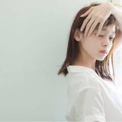 ミディアム コンサバ モテ髪 フェミニン ヘアスタイルや髪型の写真・画像