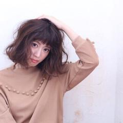 暗髪 大人女子 ヘアアレンジ パーマ ヘアスタイルや髪型の写真・画像