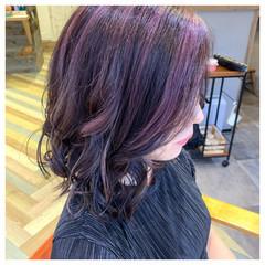 パープルカラー ブリーチ パープル コントラストハイライト ヘアスタイルや髪型の写真・画像
