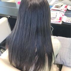 ミルクティー ロング アッシュグレージュ モード ヘアスタイルや髪型の写真・画像