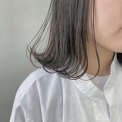 グレージュ ナチュラル シアーベージュ グレーアッシュ ヘアスタイルや髪型の写真・画像