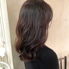ヨシンモリ コテ巻き風パーマ 韓国ヘア 外国人風パーマ ヘアスタイルや髪型の写真・画像