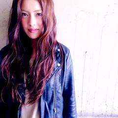 かっこいい モード ロング ウェーブ ヘアスタイルや髪型の写真・画像