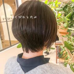 ミニボブ ショートボブ ショートヘア 抜け感 ヘアスタイルや髪型の写真・画像