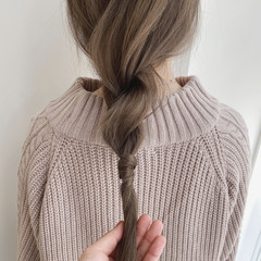 シアーベージュ ヘアアレンジ ナチュラル ナチュラルベージュ ヘアスタイルや髪型の写真・画像