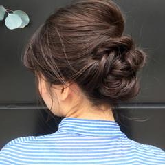 大人女子 ミディアム ヘアアレンジ 簡単ヘアアレンジ ヘアスタイルや髪型の写真・画像